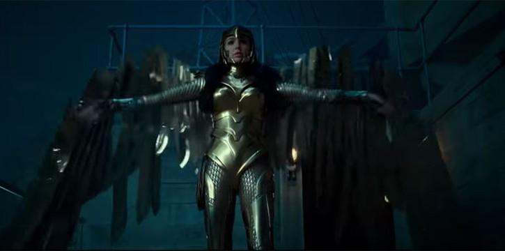 Wonder Women 1984 Golden suit shot