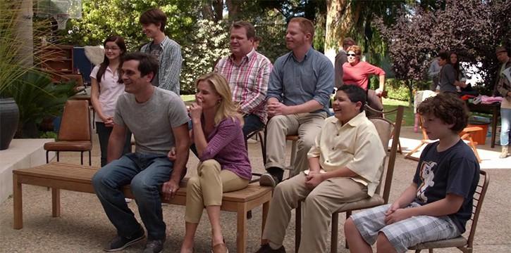 "Modern Family - Season 4, Episode 6 – ""Yard sale"""